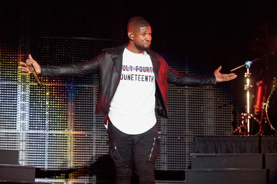 Usher performs at the 2015 Essence Music Festival on July 4, 2015 in New Orleans, Louisiana.