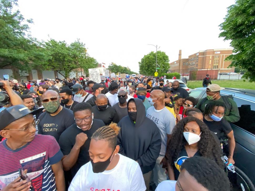 Kanye West Chicago Protest