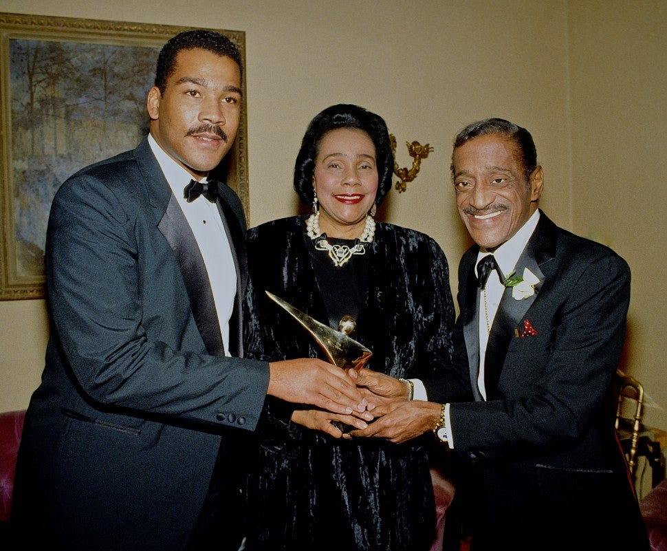 Sammy Davis Jr, Coretta Scott King