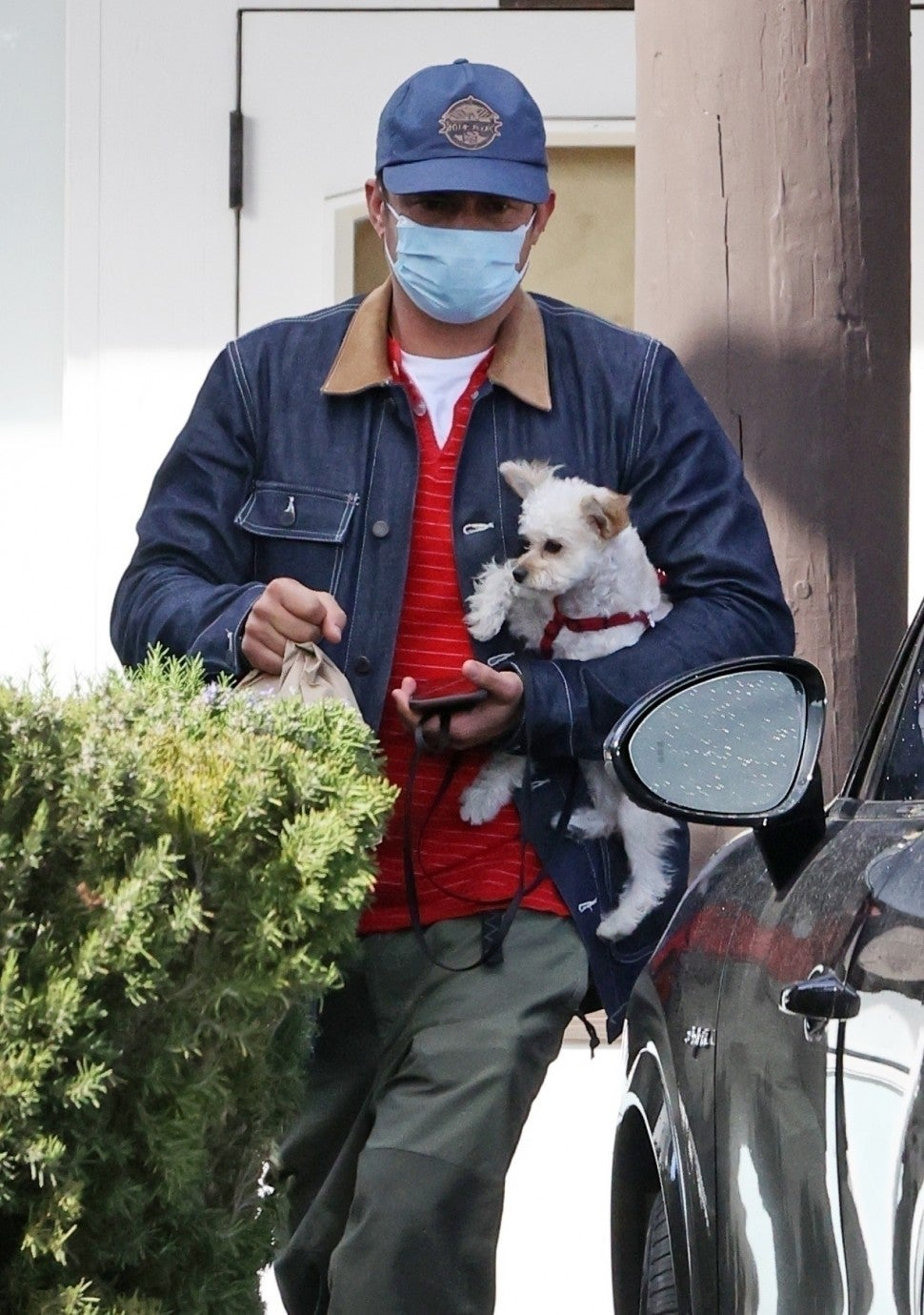 Orlando Bloom Steps Out With A New Puppy Months After Tragic Death Of Dog Mighty Entertainment Tonight