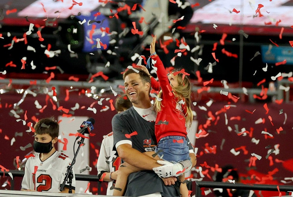 Tom Brady and daughter Vivian 2
