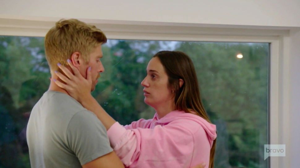 Kyle Cooke and Hannah Berner share an awkward apology on Summer House