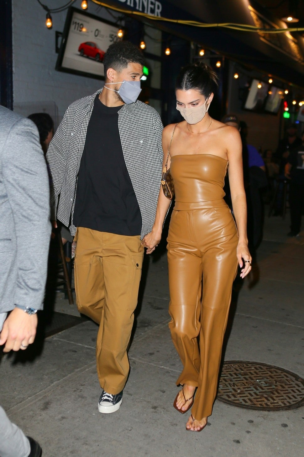Kendall Jenner and Devin Booker Hold Hands During Date Night in New York  City | Entertainment Tonight
