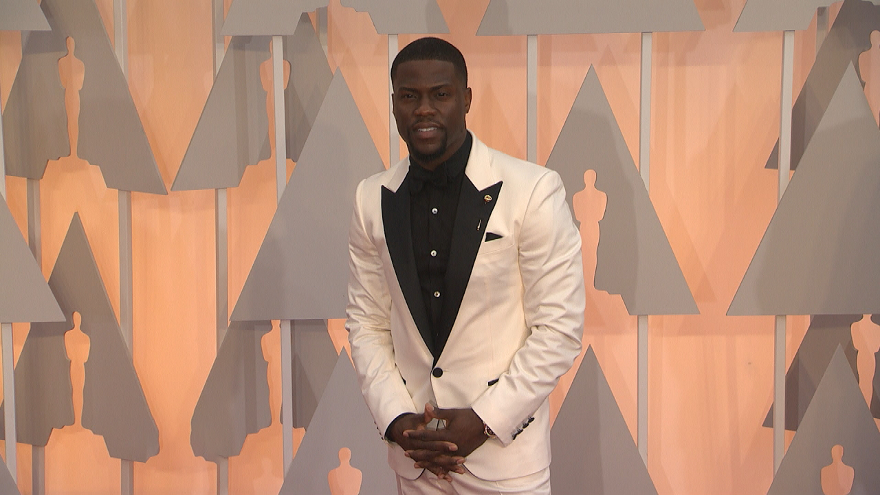 Kevin Hart Gushes Over 'Support' at Sold-Out Australia Show After Stepping Down as 2019 Oscars Host