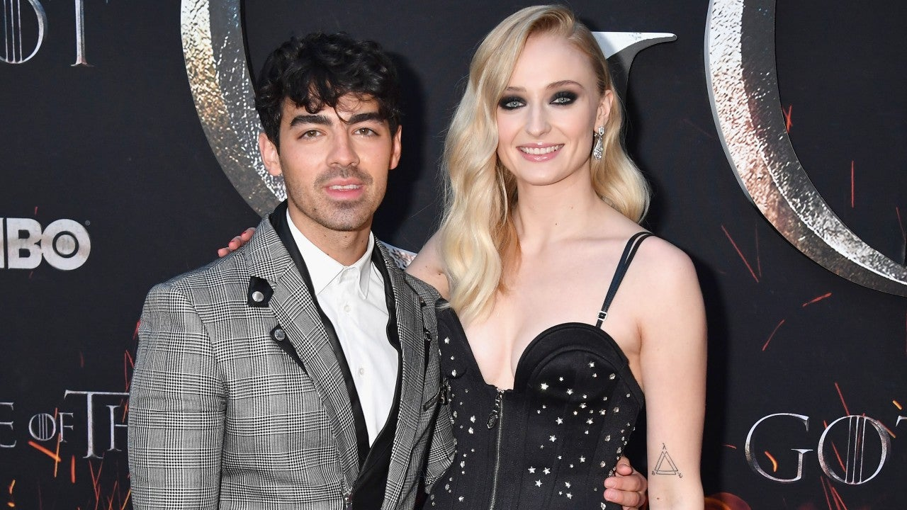 Joe Jonas Celebrates 'Game of Thrones' Premiere in Sansa Stark Costume