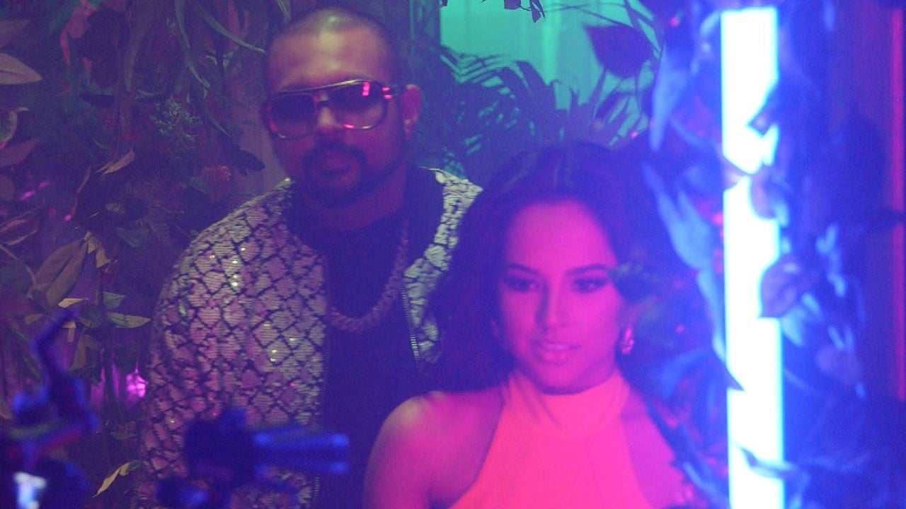 becky g and sean paul 39 s 39 mad love 39 go behind the scenes of the sexy music video. Black Bedroom Furniture Sets. Home Design Ideas