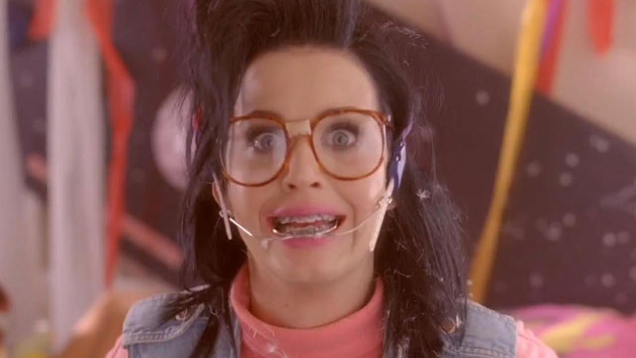 Katy Perry Wants Fans To Just Dance For A Chance To Meet Her On