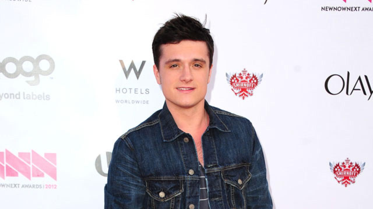 Josh Hutcherson Says He'd Be Open to Dating a Guy ...