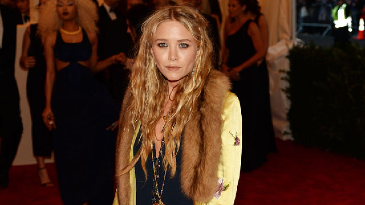Mary Kate Olsen I Just Learned To Brush My Hair Last Week Entertainment Tonight