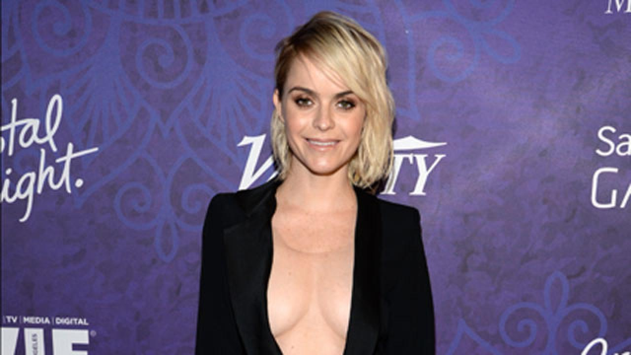 Taryn Manning Gives Everyone an Eyeful in This Plunging ...