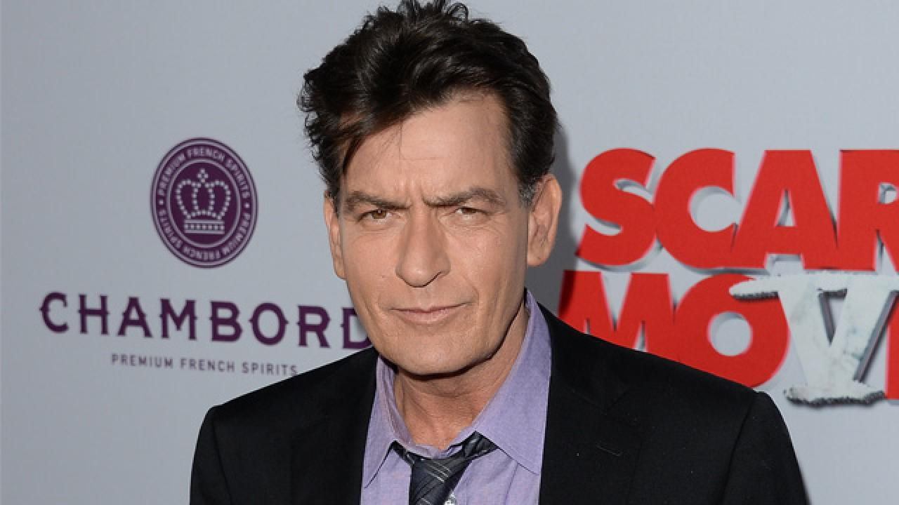 Virus-infected messages about Charlie Sheen's death appeared on the Web 12.03.2011 6
