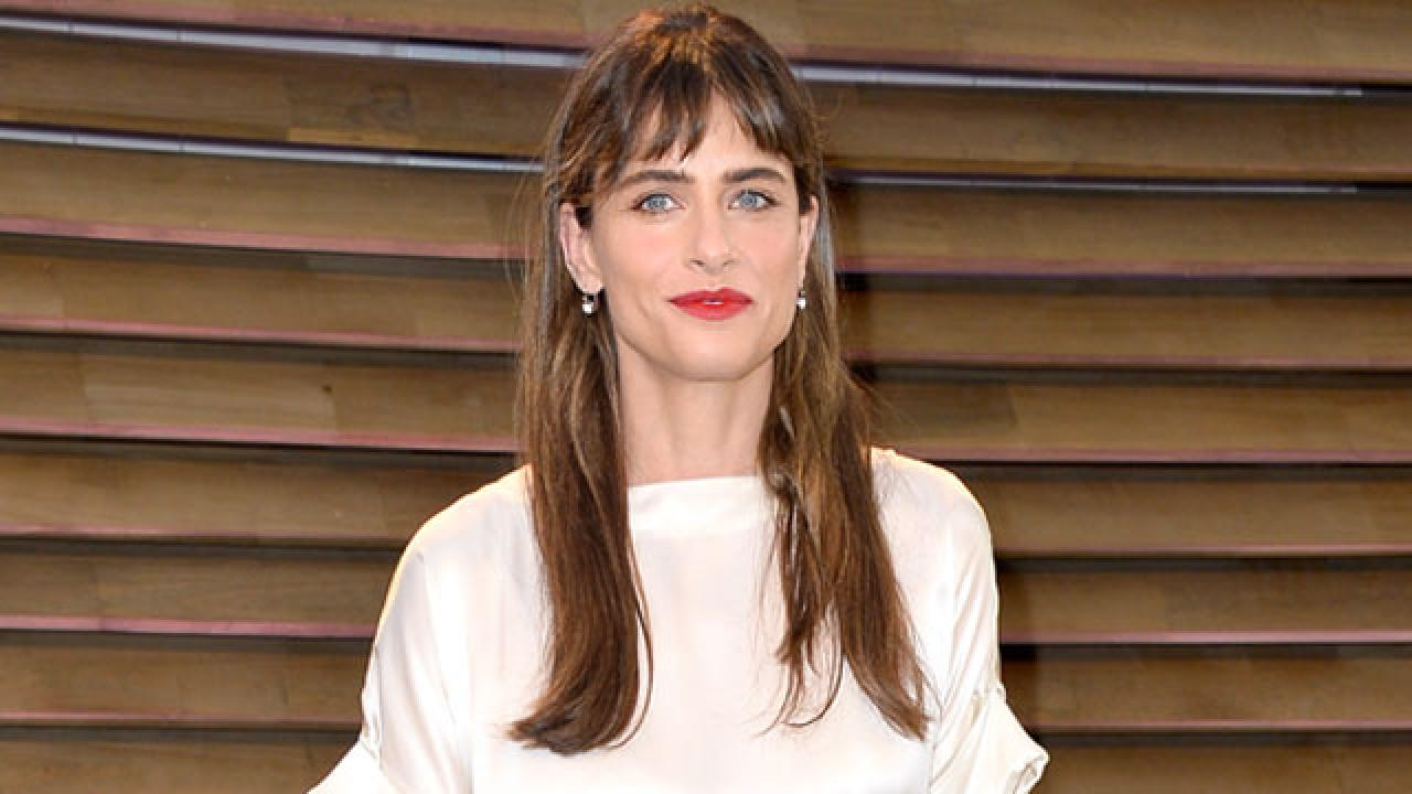 Amanda Peet Thought 'Game of Thrones' Was Going to Be a ...