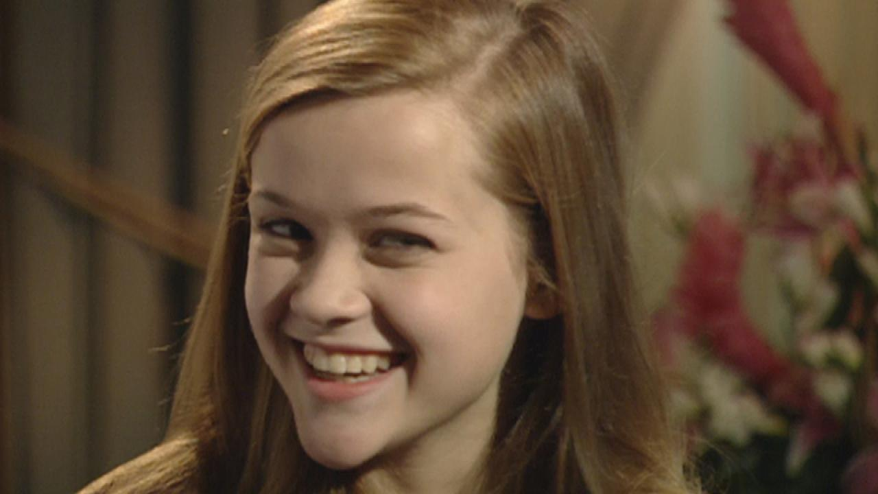 FLASHBACK: A 15-Year-Old Reese Witherspoon Spills About Her First Kiss | Entertainment Tonight