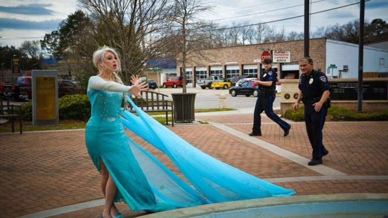 Elsa From Frozen Finally Arrested After Prolific