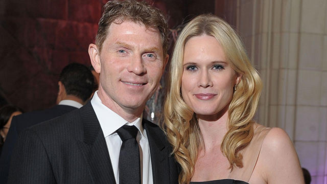 Bobby Flay's Estranged Wife Denies Involvement in 'Cheater ...