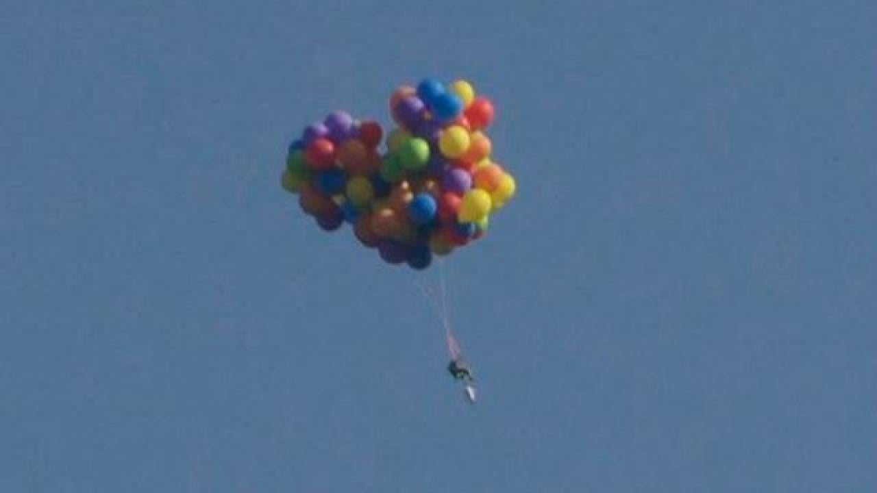 This Guy Tied 100 Balloons To A Lawn Chair And Made The