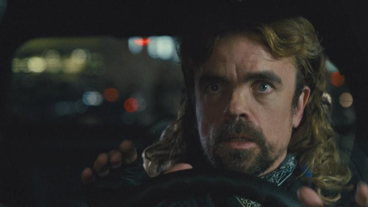 Peter Dinklage S 80s Mullet Has Pixels Cast Reflecting