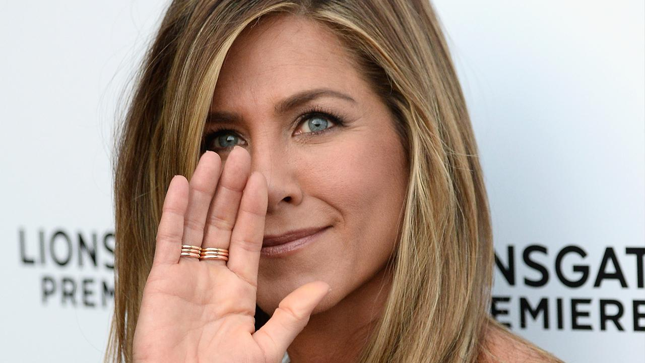 Let S All Swoon Over Jennifer Aniston S Wedding Ring