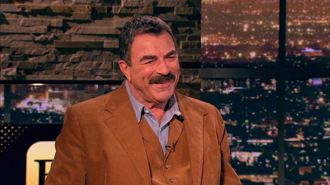 tom selleck has never used email wants to play himself in a 39 magnum p i 39 remake. Black Bedroom Furniture Sets. Home Design Ideas