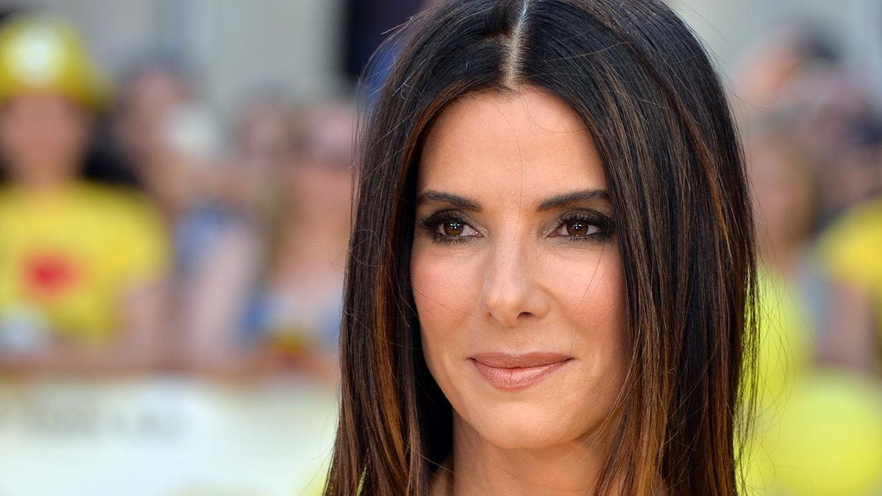Sandra Bullock Adopts 3 Year Old Girl Entertainment Tonight