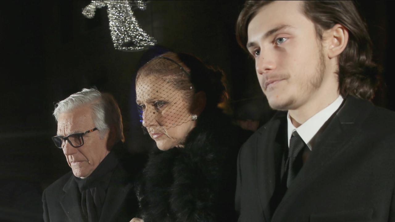 d99afe8187 Celine Dion Tearfully Attends Rene Angelil s Open-Casket Wake ...