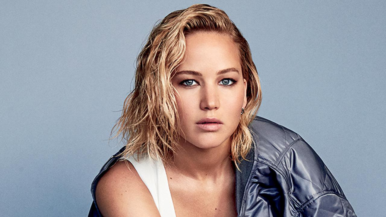 Jennifer Lawrence Admits She Doesn't Meet Many Men She ...