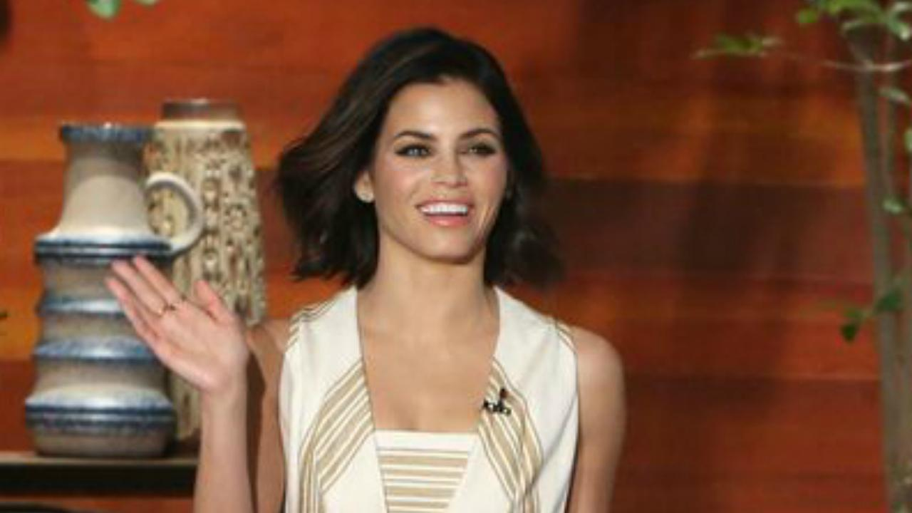 jenna dewan tatum reveals channing tatum 39 s crazy romantic valentine 39 s day surprise. Black Bedroom Furniture Sets. Home Design Ideas