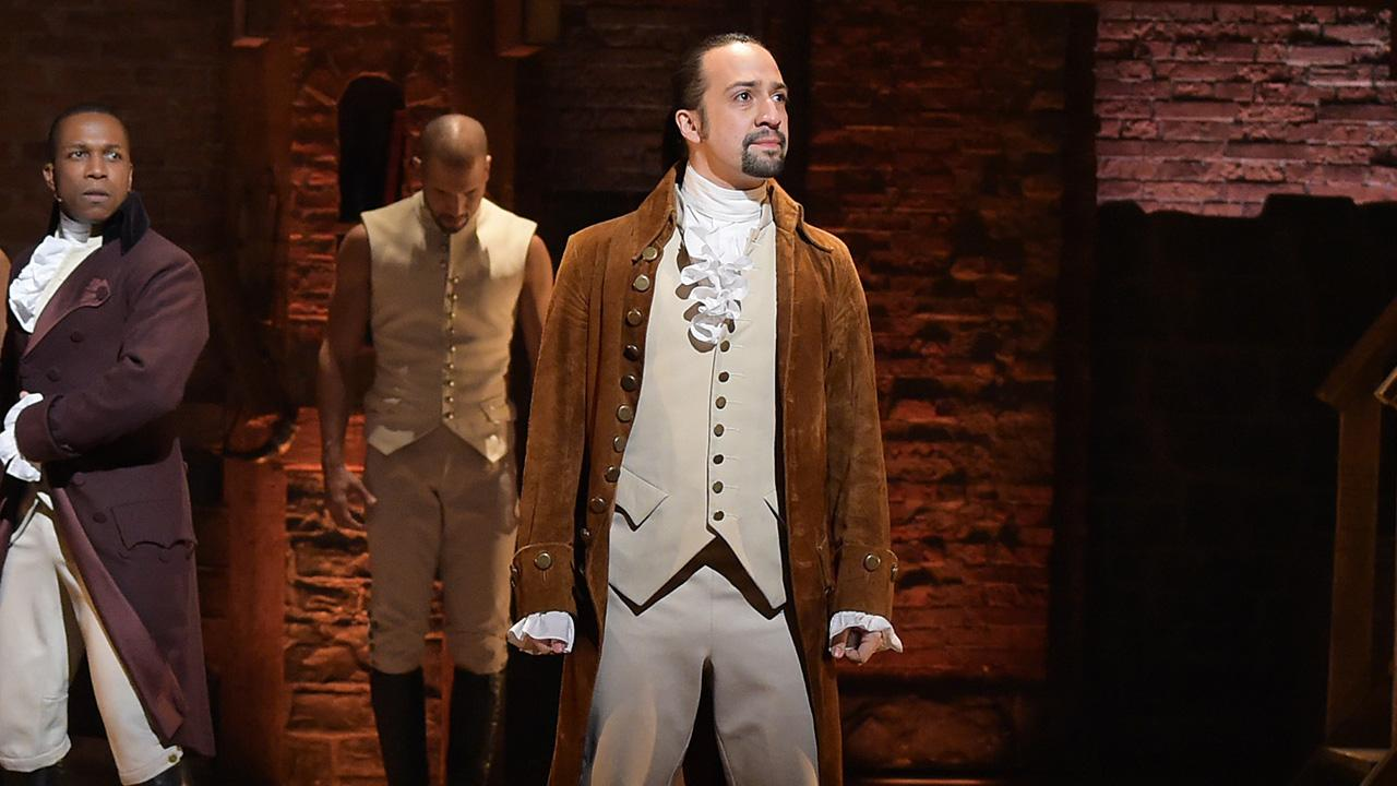hamilton cast brings broadway smash to tv with 2016