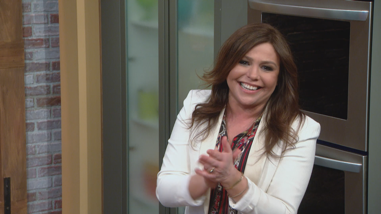 exclusive  watch rachael ray make her hilarious acting