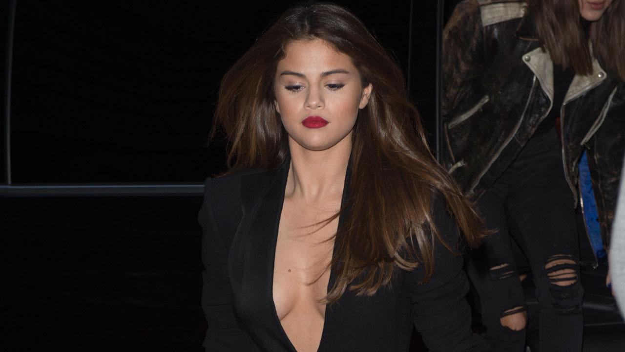selena gomez accidental Selena Gomez Shows Some Serious Skin, Suffers Outfit Malfunction During  Paris Fashion Week | Entertainment Tonight