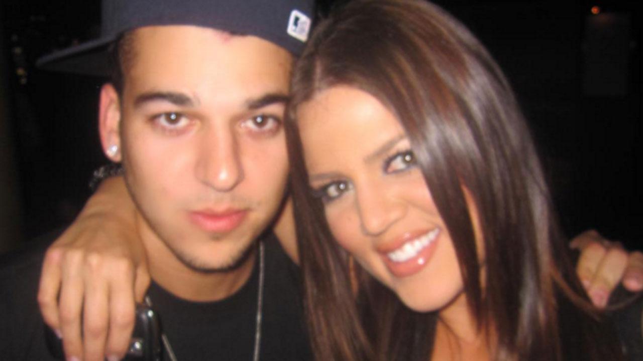 Khloe Kardashian Cuddles With Brother Rob Kardashian on ...  Khloe Kardashia...