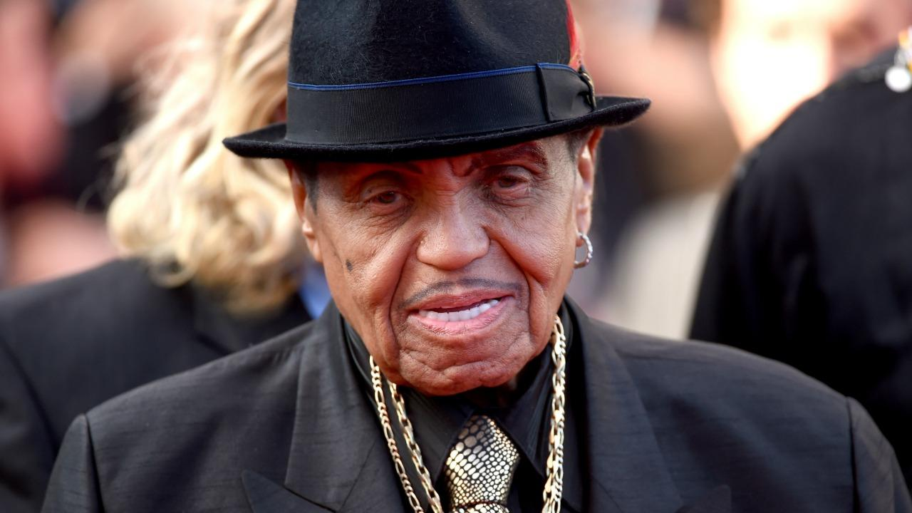 Joe Jackson, Father of Michael and Janet Jackson, Dead at 89