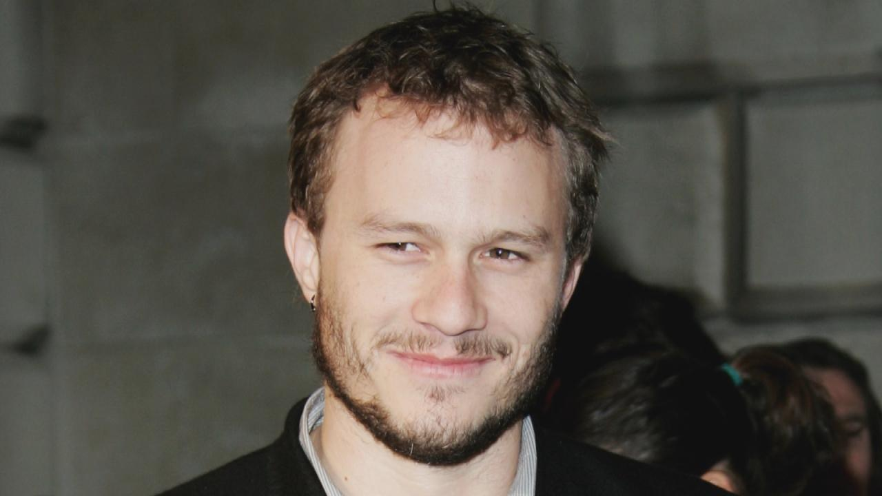 Heath Ledger S Father Says Sister Warned Actor About Mixing Drugs Entertainment Tonight