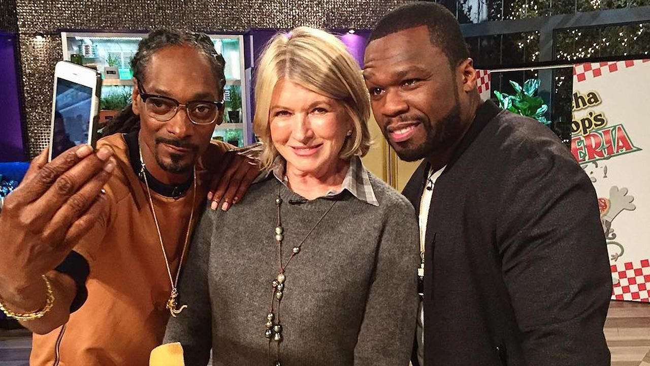 martha stewart and snoop dogg look like a match made in