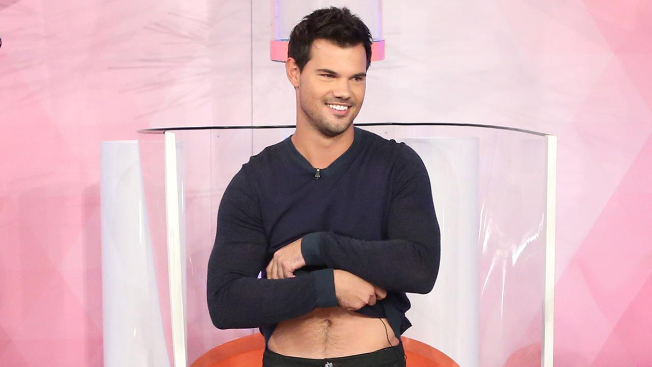 Taylor Lautner Photos, News, and Videos | Just Jared Jr.