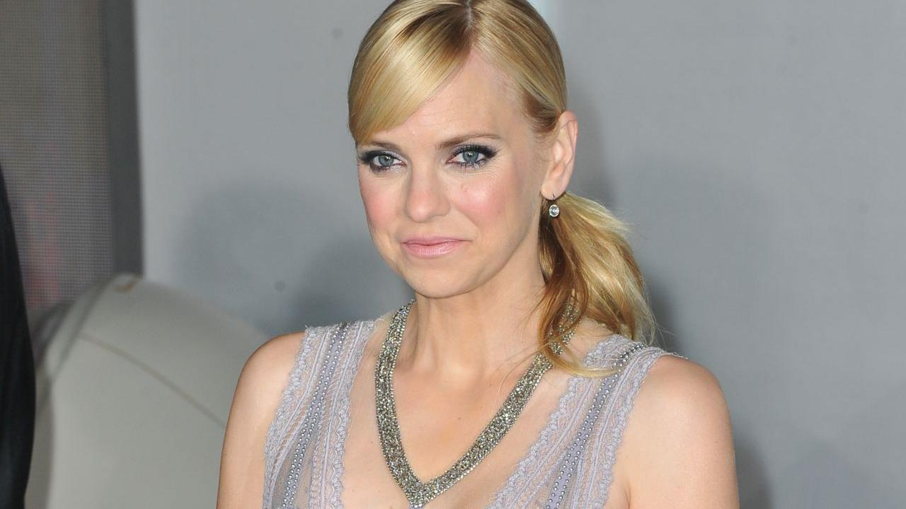 Anna Faris Spotted Wit...