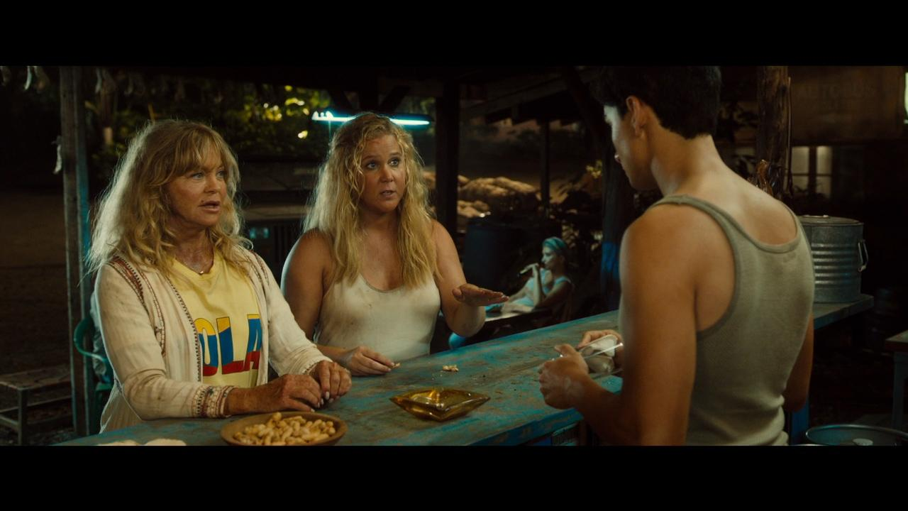 Amy Schumer And Goldie Hawn Make A Hilarious Mother