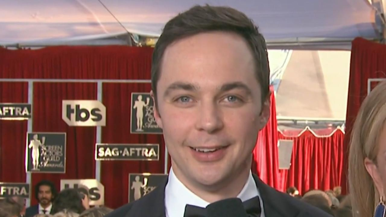 """Young Sheldon"" and ""Big"" Sheldon speak - CBS News 