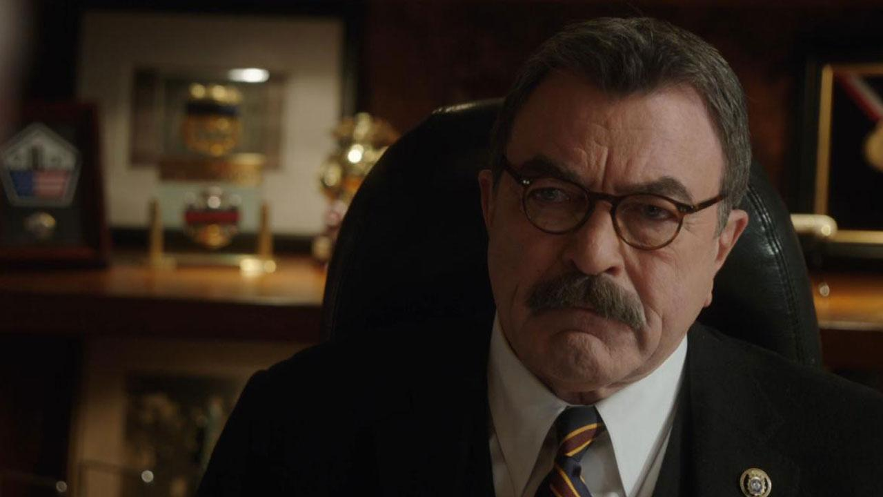 exclusive tom selleck previews 39 blue bloods 39 season finale 39 twist 39 39 it changes frank 39 s life. Black Bedroom Furniture Sets. Home Design Ideas