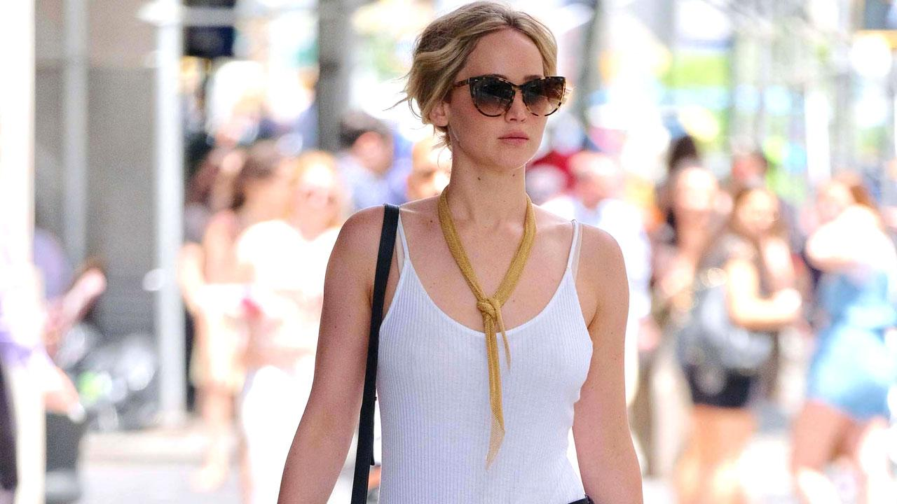 Jennifer Lawrence Is The Epitome Of Summer Chic In Sexy