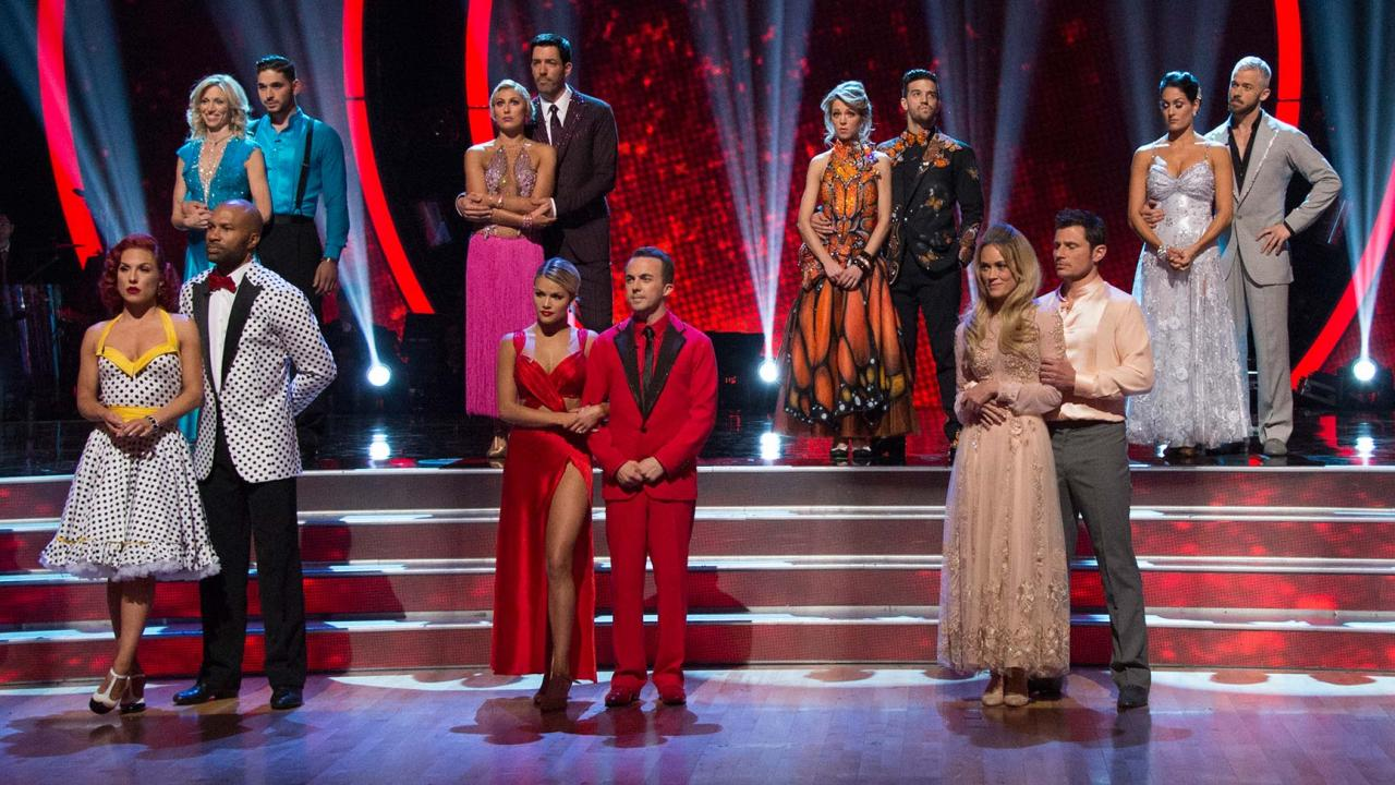 Dwts Halloween Night Slashes Two Contestants In Surprise