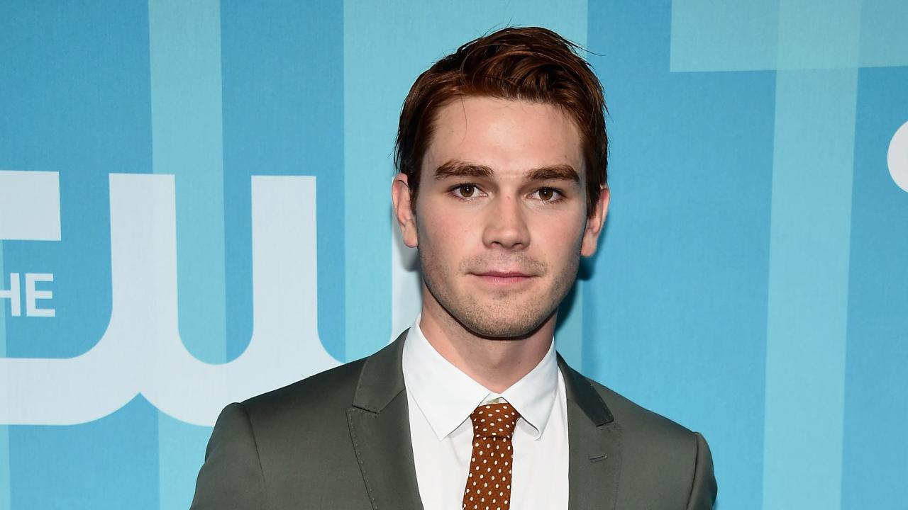 Miss Universe 2017 Kevin >> 'Riverdale' Star KJ Apa Crashes Car After 14-Hour Work Day, Studio Issues Statement ...