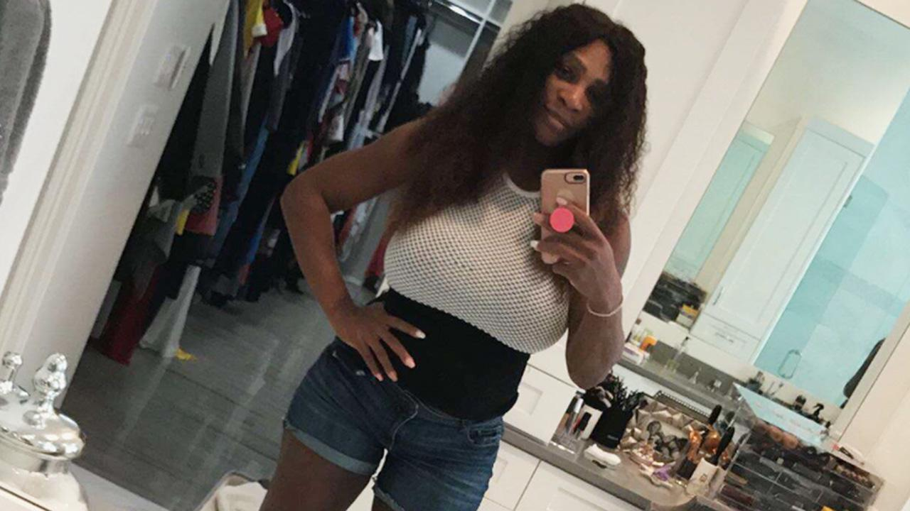 Serena Williams Shows Off Post Baby Weight Loss As She Slips Bac Cbs News 8 San Diego Ca