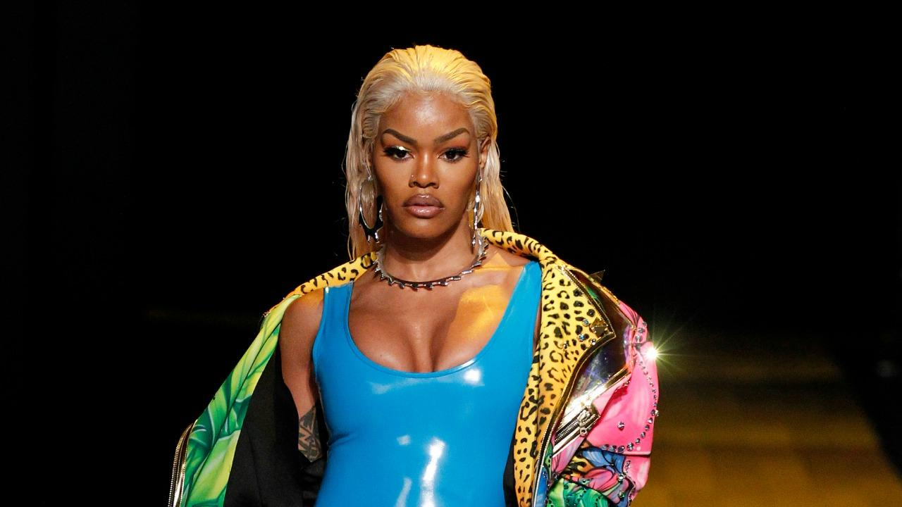 Teyana Taylor Turned Heads as Queen of the Catwalk at New ... Queen Latifah Swimsuit