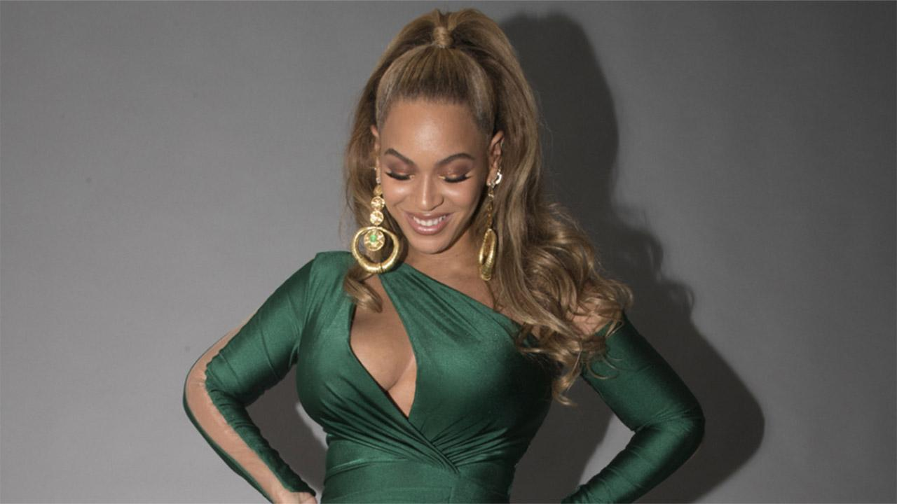 Beyonce Dazzles In Best Post Baby Look Yet See Her