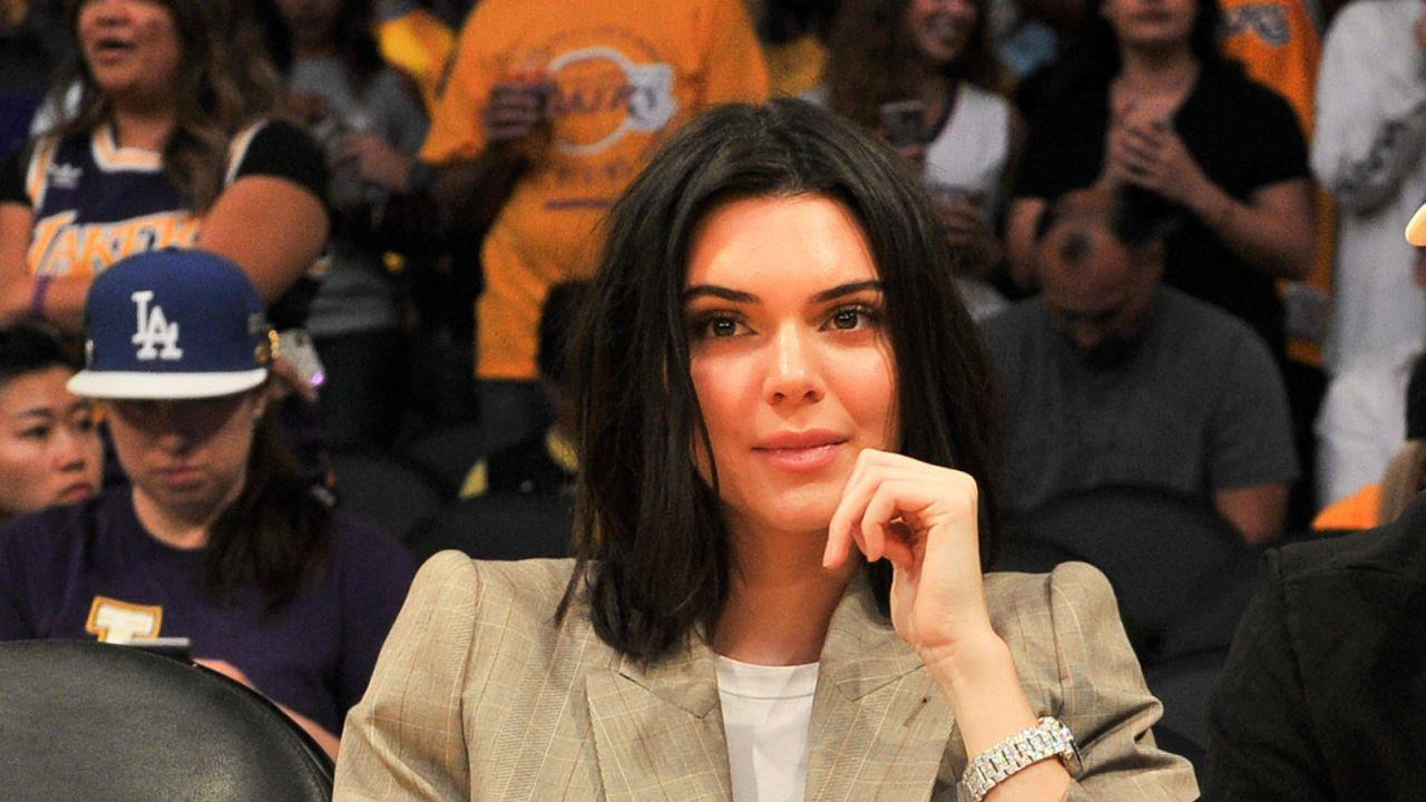 Kendall Jenner Cheers On Rumored Beau Blake Griffin At Los Angel