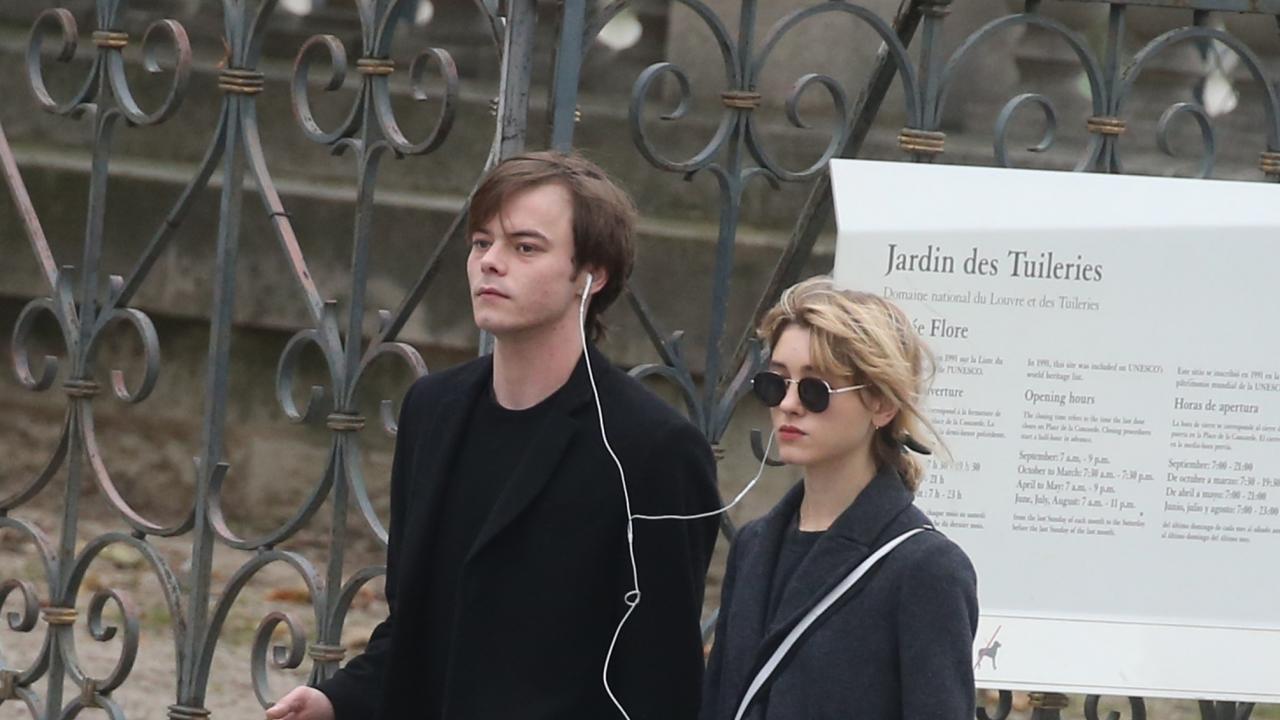 'Stranger Things' Stars Charlie Heaton and Natalia Dyer ...