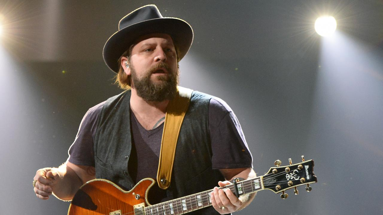 Zac Brown Band S Coy Bowles Expecting Baby No 2