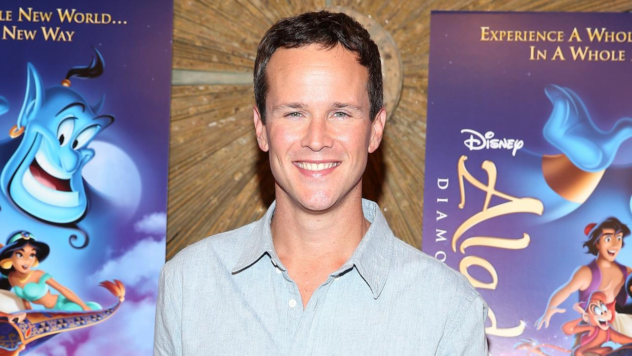 Scott Weinger Pays Tribute To Aladdin On Films 25th Anniversa