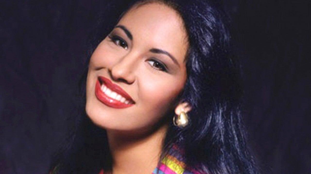 Salma Hayek, Becky G & More Honor Late Singer Selena Quintanilla